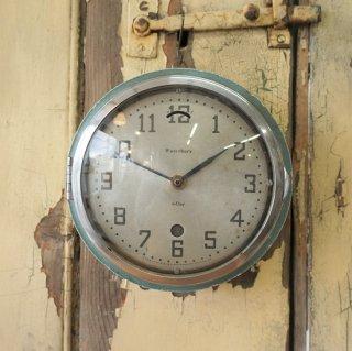 USA ヴィンテージ waterbury社 小さな木製枠の防塵時計 バス時計 TIMEX クォーツ交換済