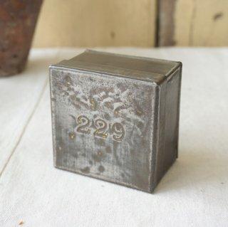 イギリス アンテイーク 紅茶のサンプル缶 ナンバーリング ブリキ缶 227