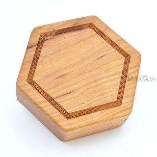 六角形ダイスボックス【ケルトボーダー/チェリー木材】