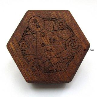 ミニダイス用◆六角形ダイスボックス【魔法陣/マホガニー】