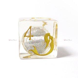 限定4個◆試作品◆水入りマーメイド【透明&金】6面サイコロ