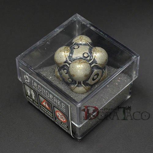 アイアンダイ レーザー装飾 レア6面サイコロ ホワイト- Nullifier