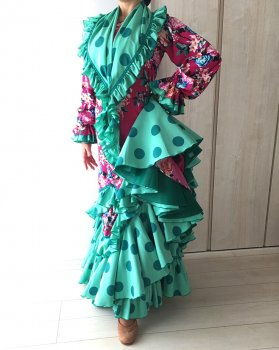 30%OFF!hp468 ブガンビージャ花柄ワンピース 緑ペチコート 緑パニョレタつき〈LÓPEZ DE SANTOSデザイン〉