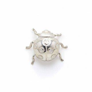 銀 ピンブローチ 天道虫