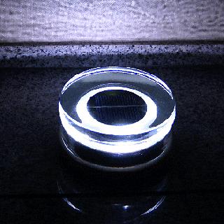 【受注発注商品・送料無料】  ガラスソーラーブロック4個セット G06