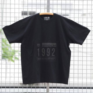 <img class='new_mark_img1' src='http://rhythmearth.com/img/new/icons23.gif' style='border:none;display:inline;margin:0px;padding:0px;width:auto;' />''1992'' BLACK OUT T-SHIRT