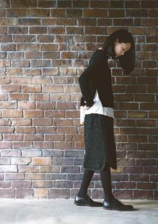 「主役はスカート」 no.11 刺繍ペンシルスカート表布