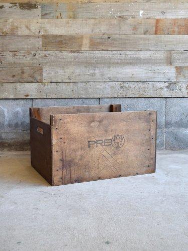 Wood box [011]