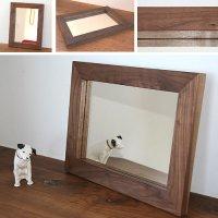 天然木100%の無垢材を使用したシンプルで味わい深い木枠の鏡  ブラックウォルナット材  Sサイズ