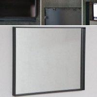 鉄枠の鏡  奥行きのあるインダストリアルなデザイン 約520×約420mm