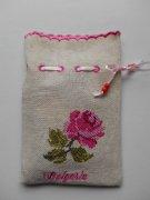 ブルガリア 刺繍ポーチ0901