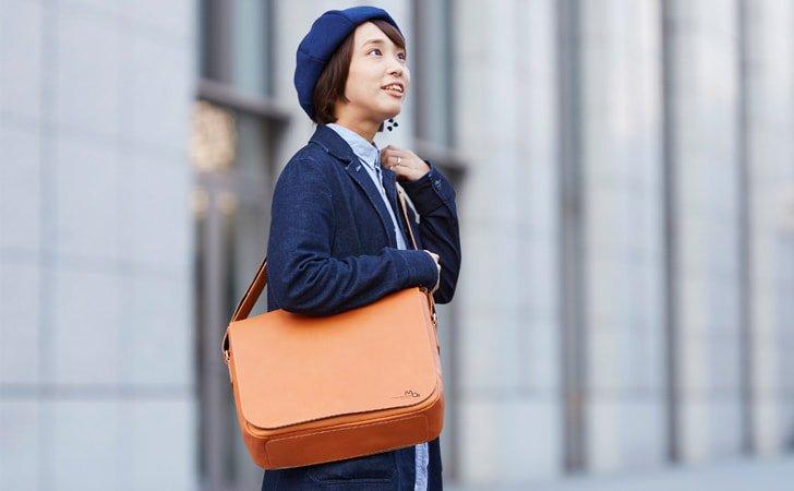 レディースに人気のシンプルな革のショルダーバッグ