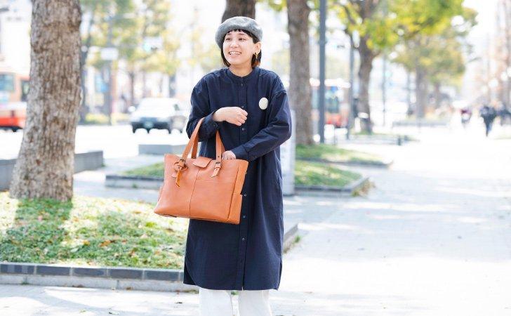 バッグとPCケースの裏地が選べる革のトートバッグ