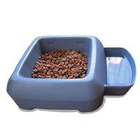 【犬お出かけ用品】 Bergan(ベーガン) フタ付きポータブル食器 水とフード運搬 容量:フード6カップと水3.8L