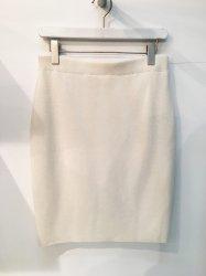 《KiA》ニットタイトスカート