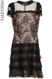 11号【レンタルドレス】PRD CODE:00056 | VALENTINO Tiered Lace Skirt and Lace Top Beige Pink Dress(ヴァレンティノ ドレス)