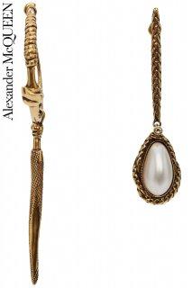 【レンタルアクセサリー】PRD CODE:01115 | ALEXANDER McQUEEN Mismatched Pearl Drop Earrings(アレキサンダー・マックイーン ピアス)