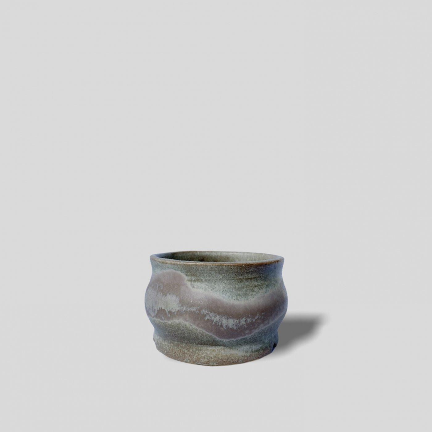 """[Yoko Nishida] Curved pot """"�"""""""