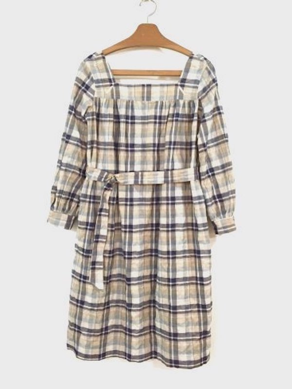 <img class='new_mark_img1' src='//img.shop-pro.jp/img/new/icons20.gif' style='border:none;display:inline;margin:0px;padding:0px;width:auto;' />[50%OFF]  SMOCK DRESS(BLUE CHECK)