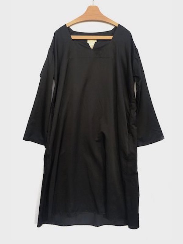 <img class='new_mark_img1' src='//img.shop-pro.jp/img/new/icons41.gif' style='border:none;display:inline;margin:0px;padding:0px;width:auto;' />[40%OFF] LONG TUNIC OP (BLACK)