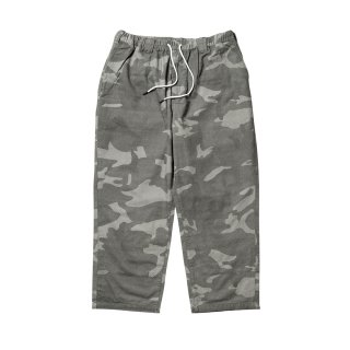 <img class='new_mark_img1' src='//img.shop-pro.jp/img/new/icons1.gif' style='border:none;display:inline;margin:0px;padding:0px;width:auto;' />Tightbooth / BAGGY CAMO PANTS