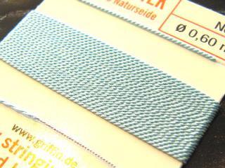 【1-3日内発送】針がついているので通すの簡単。0号〜6号グリフィン糸(シルク)/ターコイズ 2M