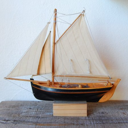Wooden Ship / black / ハンドメイド  / Sweden