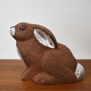 NITTSJO / 赤目のウサギのオブジェ / Thomas Hellstorm / Sweden