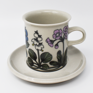 ARABIA / Flora / コーヒーカップ&ソーサー / Esteri Tomula / Finland