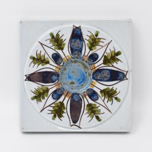 Royal Copenhagen  / 植物模様のタイル4 / 7.5×7.5cm/ Berte Jessen / DENMARK