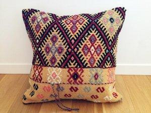 コンヤのジジム織 リメイク クッション(Konya Cicim Kilim Cushion - Vintage)
