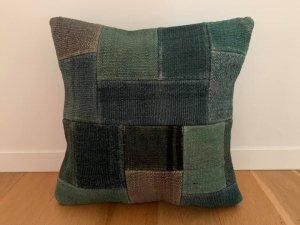 パッチワーク キリム クッション(Anatolia Patchwork Kilim Cushion) 緑