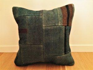パッチワーク キリム クッション(Anatolia Patchwork Kilim Cushion)