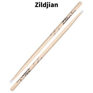 Zildjian (ジルジャン) ドラムスティック 5A ヒッコリー ナイロンチップ 406×14.2mm(1ペア) 【定形外郵便】【送料無料】