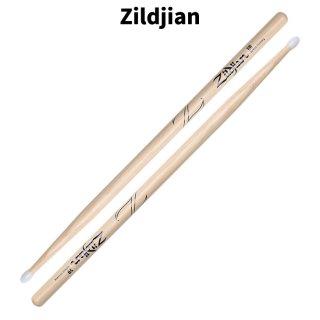 Zildjian (ジルジャン) ドラムスティック 5B ヒッコリー ナイロンチップ 406×15.2mm(1ペア) 【定形外郵便】【送料無料】