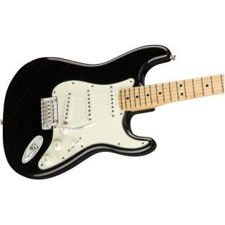 Fender (フェンダー) エレキギター Player Stratocaster カラー:Black【ギグバッグ付】
