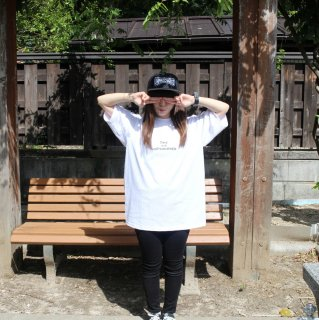 【undiscovered】UNDIS BIG Tee (WHITE)