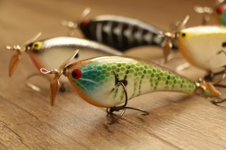 PH Custom Lures / Squeaky P 350