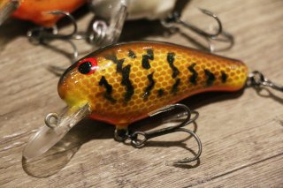 On The Line Crankbaits / J-2