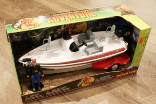 Bass Pro Shops / Nitro Bass Boat Adventure Set