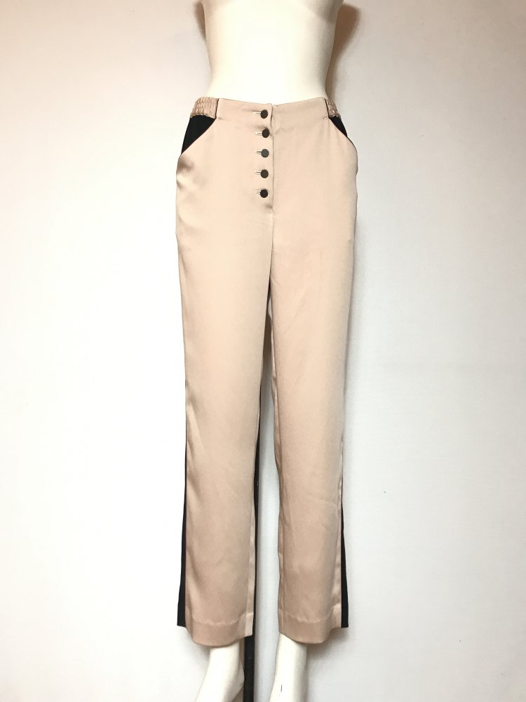 <img class='new_mark_img1' src='https://img.shop-pro.jp/img/new/icons20.gif' style='border:none;display:inline;margin:0px;padding:0px;width:auto;' />70%OFF SIDE STRIPE PANTS