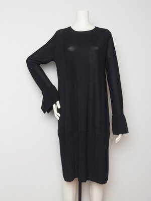 <img class='new_mark_img1' src='https://img.shop-pro.jp/img/new/icons20.gif' style='border:none;display:inline;margin:0px;padding:0px;width:auto;' />60% off LYNX TRUMPET KNITDRESS