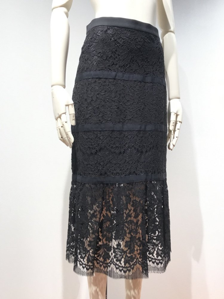 <img class='new_mark_img1' src='https://img.shop-pro.jp/img/new/icons20.gif' style='border:none;display:inline;margin:0px;padding:0px;width:auto;' />【LAST ONE】 MIX-LACE CHANGE SKIRT
