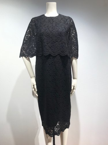 <img class='new_mark_img1' src='https://img.shop-pro.jp/img/new/icons20.gif' style='border:none;display:inline;margin:0px;padding:0px;width:auto;' />60%OFF AIR LACE CAPE/S DRESS
