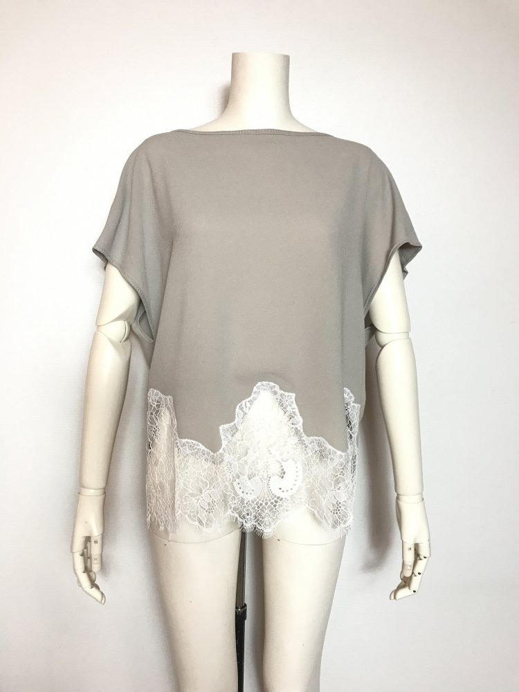 <img class='new_mark_img1' src='https://img.shop-pro.jp/img/new/icons20.gif' style='border:none;display:inline;margin:0px;padding:0px;width:auto;' />60%OFF CREPE SEAM LACE TOPS