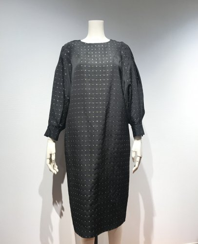 <img class='new_mark_img1' src='https://img.shop-pro.jp/img/new/icons20.gif' style='border:none;display:inline;margin:0px;padding:0px;width:auto;' />50%OFF H/GROSS VOLUME -SLEEVE DRESS