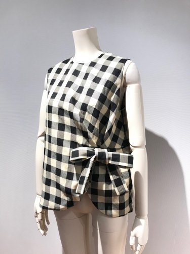 <img class='new_mark_img1' src='https://img.shop-pro.jp/img/new/icons20.gif' style='border:none;display:inline;margin:0px;padding:0px;width:auto;' />60%OFF GINGHAM CHECK NS RIBBON TOP
