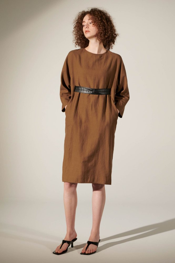 <img class='new_mark_img1' src='https://img.shop-pro.jp/img/new/icons21.gif' style='border:none;display:inline;margin:0px;padding:0px;width:auto;' />40%OFF WO/LI TUMBLER BELTED DRESS