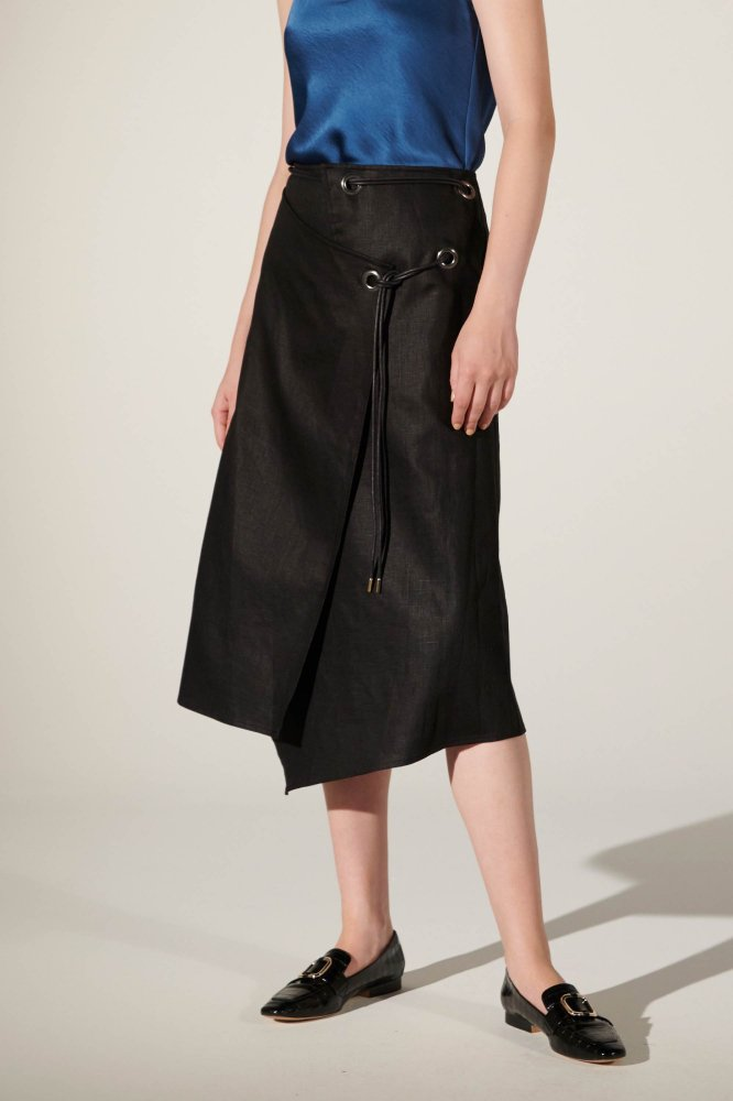 <img class='new_mark_img1' src='https://img.shop-pro.jp/img/new/icons2.gif' style='border:none;display:inline;margin:0px;padding:0px;width:auto;' />CO/LI BRIGHT CORD WRAP SKIRT