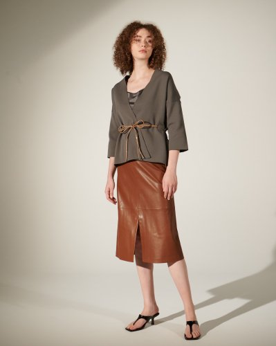 <img class='new_mark_img1' src='https://img.shop-pro.jp/img/new/icons2.gif' style='border:none;display:inline;margin:0px;padding:0px;width:auto;' />ECO-LEATHER FLAIR SKIRT